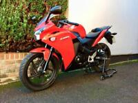 Honda CBR125 2014 Only 3000 Miles CBR 125 Not RS RS4 R125 GPR
