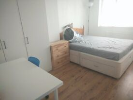 Large Double Room To Let/ Whole Flat Share With One Other Tenant