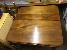 Extending Antique Dinning Room Table & 6 Chairs