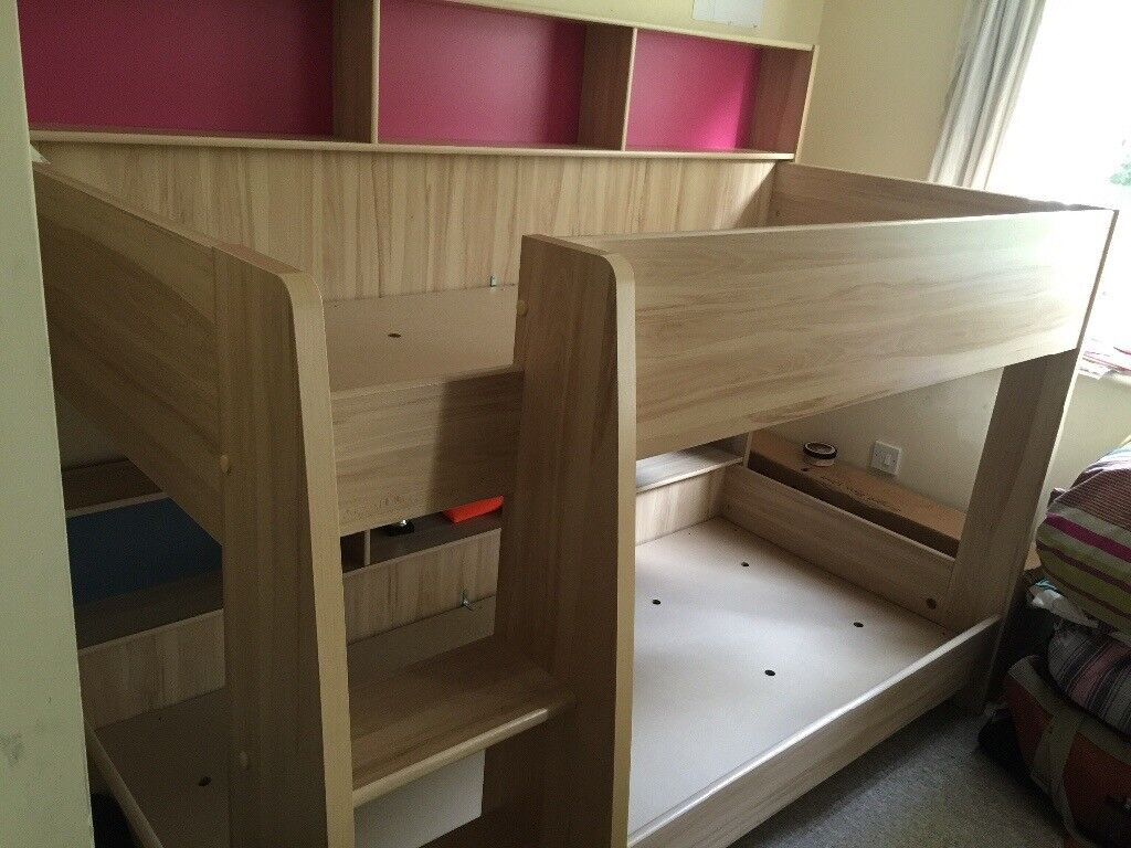 Sturdy Oakwood kids bunk bed in excellent condition for sale. Original price £450. Selling for £135