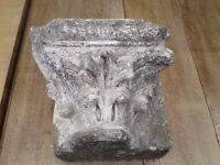 A VINTAGE ANTIQUE CORBEL STONE GREAT WALL GARDEN FEATURE FROM OLD BUILDING HEAVY AND WEATHERED