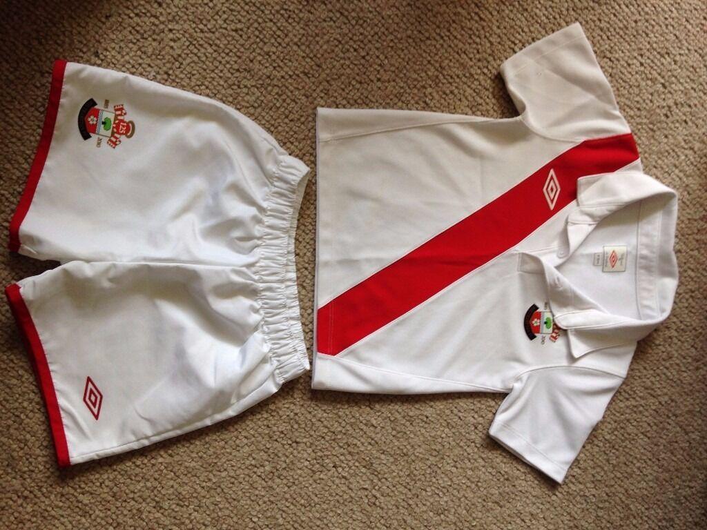 Southampton FC Football Shirt and Shorts Age 2 - 3 years - 125 year anniversary