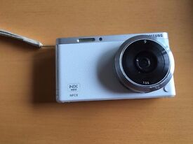 Samsung NX Mini Smart Camera great for vlogging/selfies or recording yourself and of others