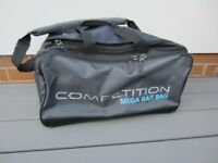PRESTON COMPETITION MEGA BAIT BAG GOOD CONDITION