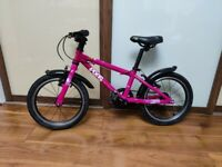 Frog bike 48 (44). PINK Will suit 4-5 year old. Light. Immaculate Mudguards