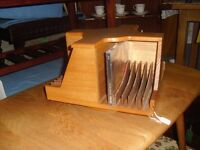 Lovely Quality Oak CD Revolving Stand Holder