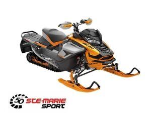 2019 Ski-Doo RENEGADE X-RS 900 ACE TURBO