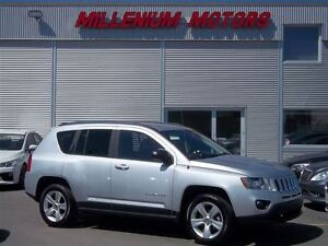 2013 Jeep Compass SPORT/NORTH AWD / EASY FINANCING AVAILABLE