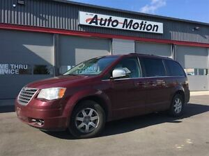 2008 Chrysler Town & Country TOURING 156K LOCAL TRADE