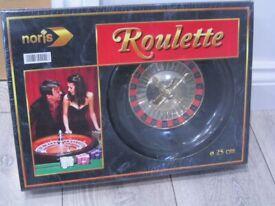 *Brand New & Sealed* Noris Roulette Game-25cm wheel-60 Chips-Croupier's Rake-Roulette Felt