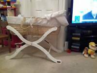 Baby weavers moses basket with stand
