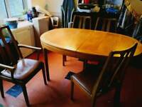 Nathan retro 60s/70s extending table and 6 chairs