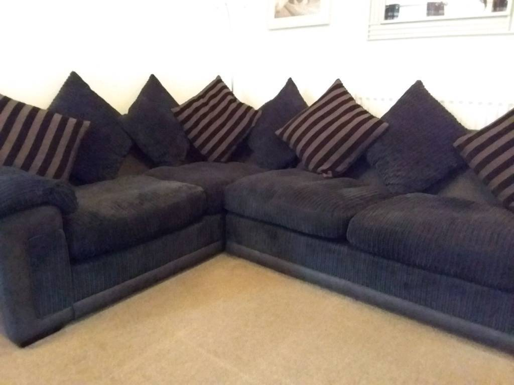 BLACK RIGHT HAND CORNER SOFA AND MATCHING 3 SEATER SOFA REALLY COMFORTABLE