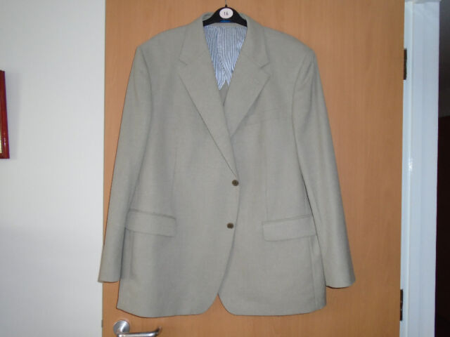 9ea10db24 GENTS CREAM LINEN FABRIC JACKET, WORN ONLY ONCE ON a CRUISE, SIZE 50/52