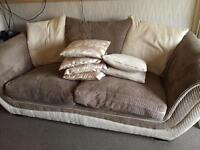 2 arm chairs & a 3 seater sofa
