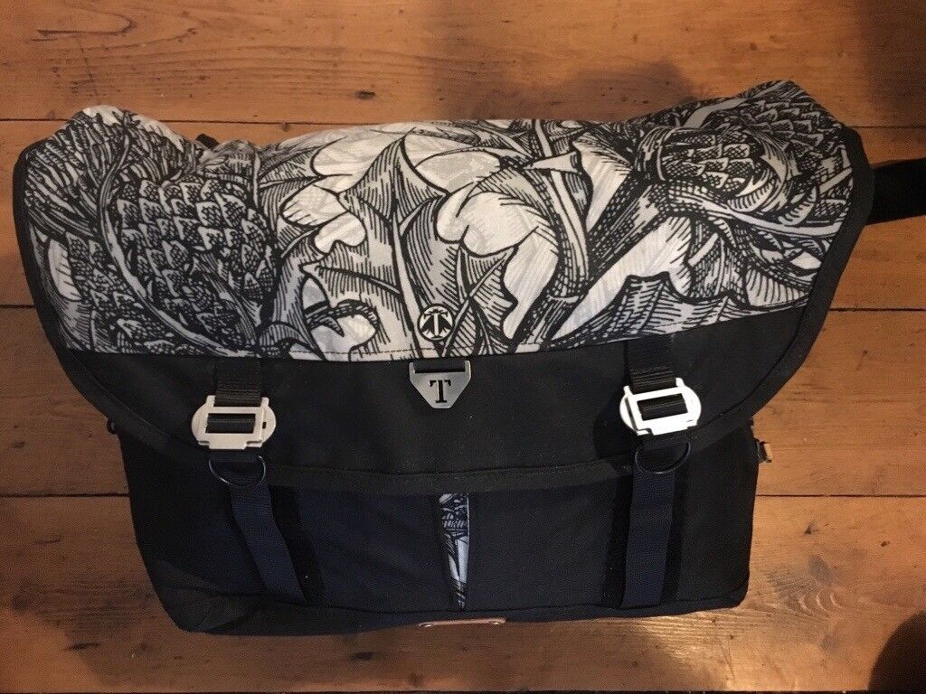 96cbd026463d Trakke Messenger Bag - Limited Edition