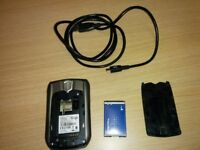 Blackberry 8700v Ent phone with battery and USB cable