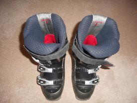 Used WOMAN's Ski Boot - Nordica - Size 5.5