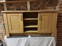 Oak sideboard/TV cabinet