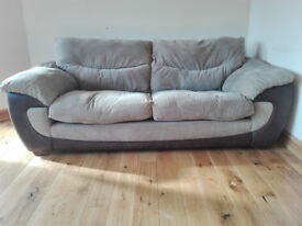 Fabric 3 seater settee sofa in very good condition / free delivery