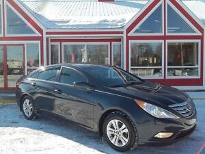 2012 Hyundai Sonata GL!! SUNROOF!! REMOTE START!! ALLOYS!! BLUET