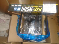 Gigabyte H110M-S2H Socket 1151 DDR4 NEW Motherboard, Accesories, collection from chigwell only.