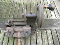 Key Cutting Machine - Yale & Towne (vintage\antique)