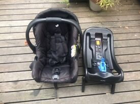 Portable Joie Gemm Infant Car Seat in Black with Joie Clickfit Car Seat Base