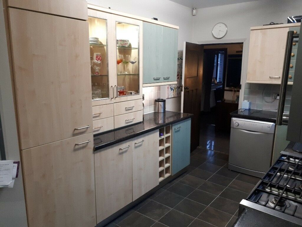 used kitchen plus oven and extractor