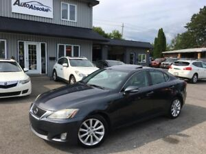 2010 Lexus IS 250 Cuir + Toit