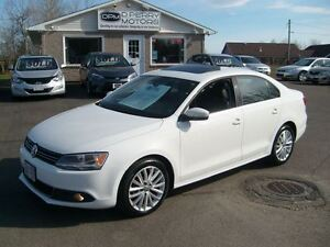 2012 Volkswagen Jetta 2.0 TDI Highline Leather Sunroof NAV