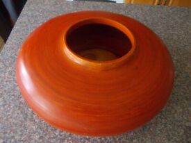 Wooden bowl with candle in very good condition