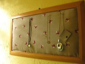 Soft padded frame for jewelry, beautiful upcycling frame. BS16. Fishponds.