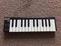 Akai Professional 25 Key USB MIDI Keyboard