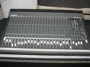 Console Mixer Mackie SR 24-4 comme neuf