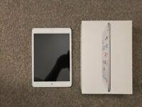 iPad mini 1 - 16 gb white