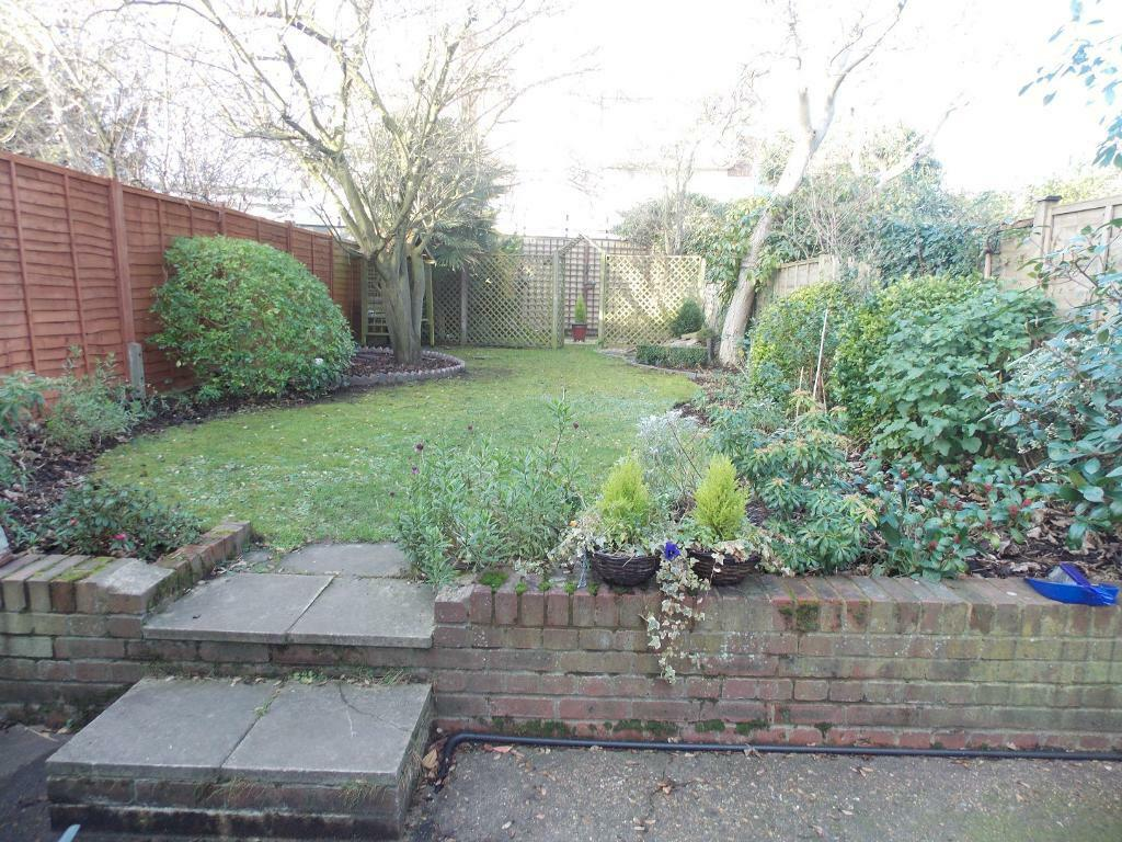 Amazing Spacious 4 bed with garden
