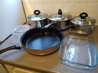 medium and 2*large pot. large sauce pan. Large and small glass casserole.