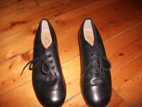Black Tap Shoes - Size 7M (not adults)