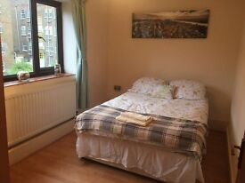 Fantastic 3 Bedroom With a Living Room Close To Aldgate East Station And The City Of London