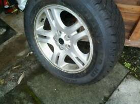 Range rover l322 alloy and tyre
