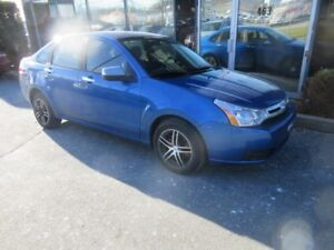2010 Ford Focus SE AUTO WITH ONLY 110K