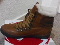 Fitflop hyka boots size 5 supertone bronze