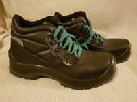Steel toecap work boots