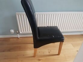 Dining room Chair in Faux leather