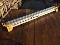 DeWalt DE7023 mitre saw stand/bench