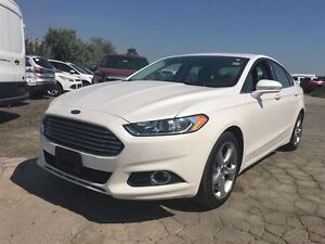 2016 Ford Fusion SE w/Appearance Pkg & Moonroof