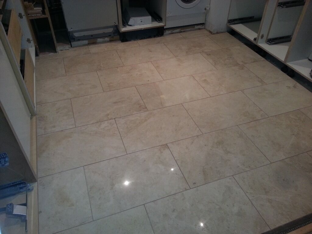 Professional Kitchen Flooring Polish Professional Wall And Floor Tiler Mastic Man Silicone
