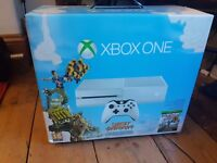 Xbox one WHITE 500g boxed with controller