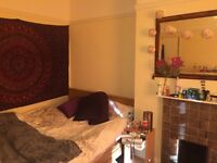 A large double bedroom a one minute walk from Bournemouth town centre and Tesco Express.